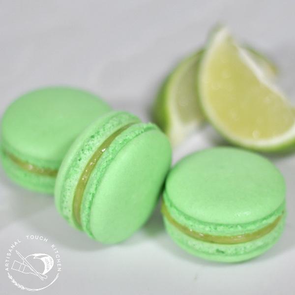 Lime macarons 2