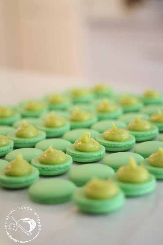 Lime macarons 3