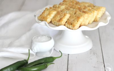 Spicy White Cheddar Crackers
