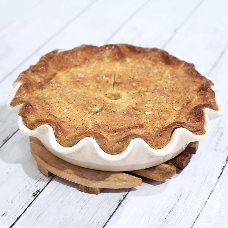 Chicken pot pie pâte brisée pastry crust rippled pan flaky crust