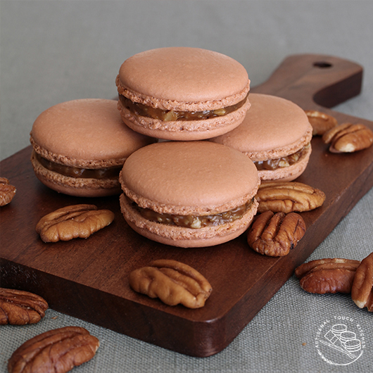 Pecan pie macarons thanksgiving fall holiday caramel nuts