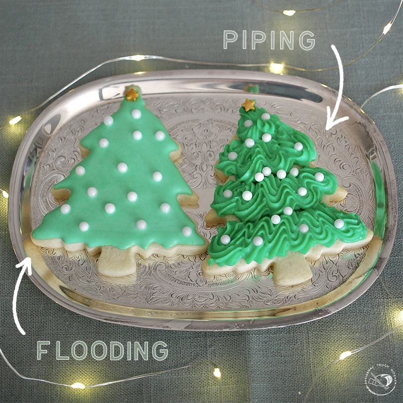 Royal icing piping vs flooding consistency decorating cookies Christmas