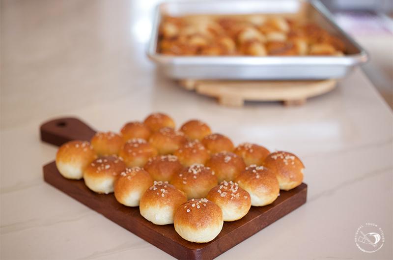 sourdough pretzel bites balls salt 2